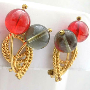 Vintage Red sphere ball  gold tone clip earrings